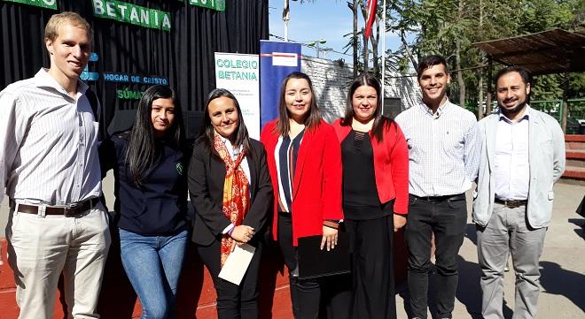 Colegio de Reingreso Betania inaugura año escolar premiando a sus Protagonistas
