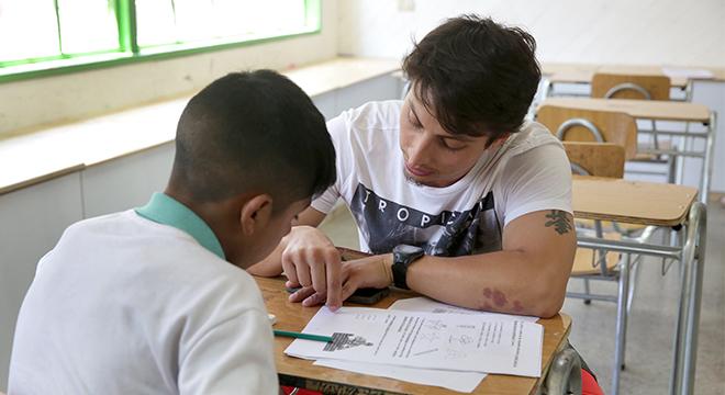 Voluntarios de Súmate: Idean conversatorio a beneficio de sus alumnos